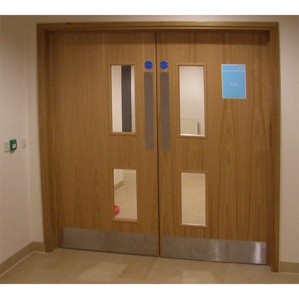 American White Oak Doorsets at the Chill Factor e